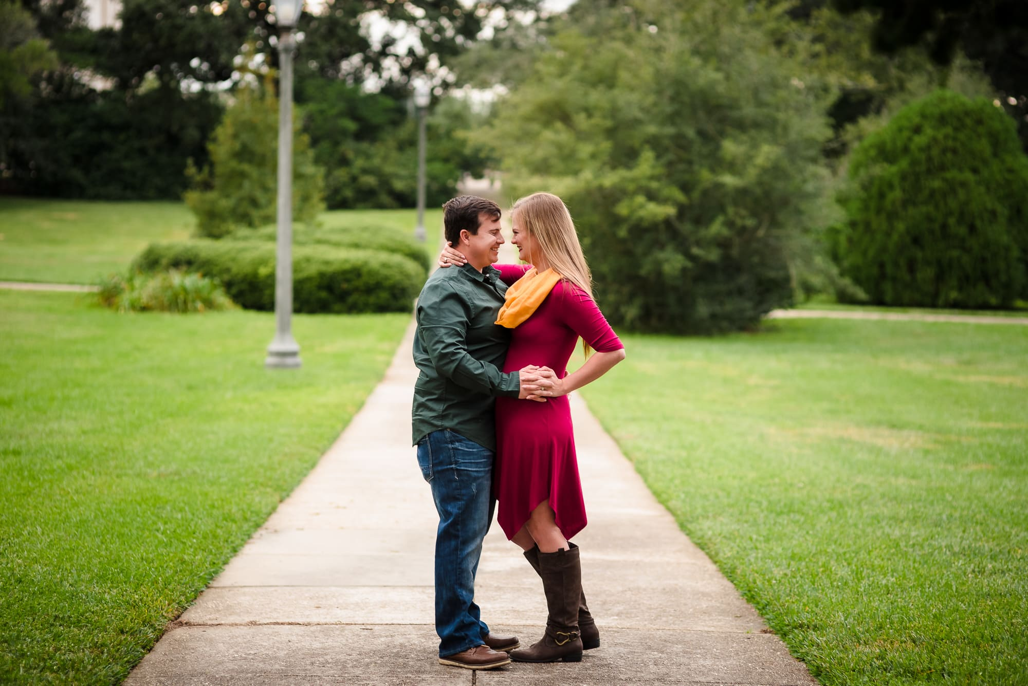 couple holding each other in Arsenal Park baton Rouge