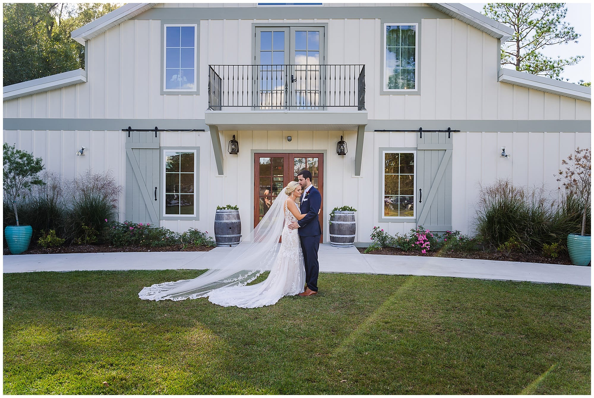 The Sadie Jane Wedding Venue bridal couple posing
