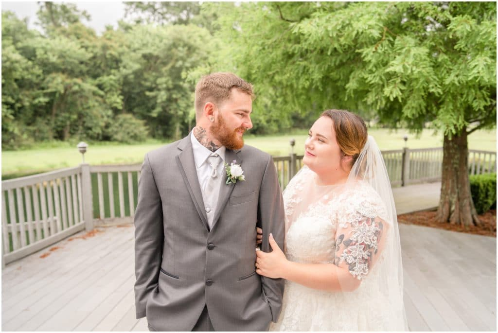 5 tips for planning your wedding during a pandemic bride and groom