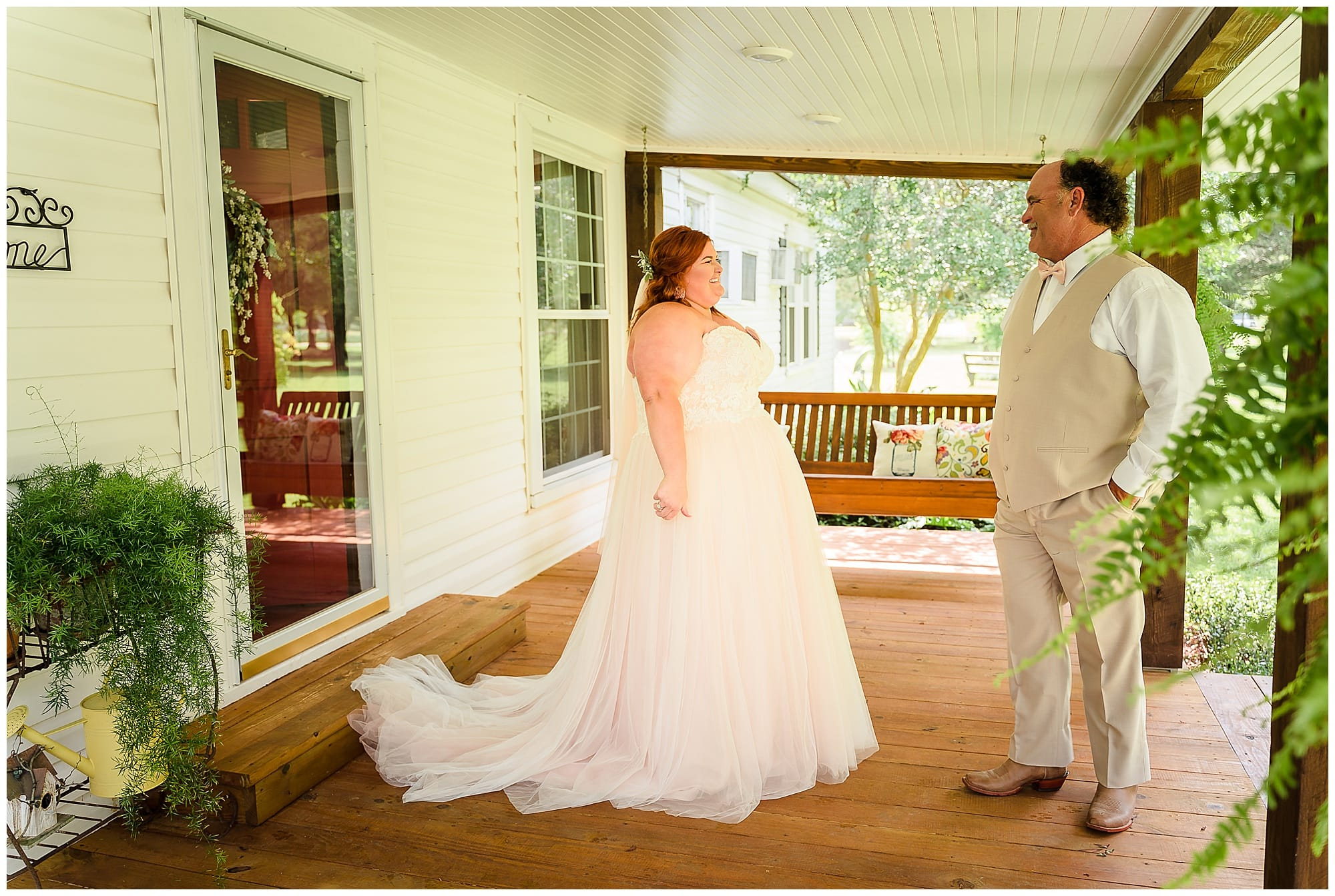 rustic Louisiana wedding father first look