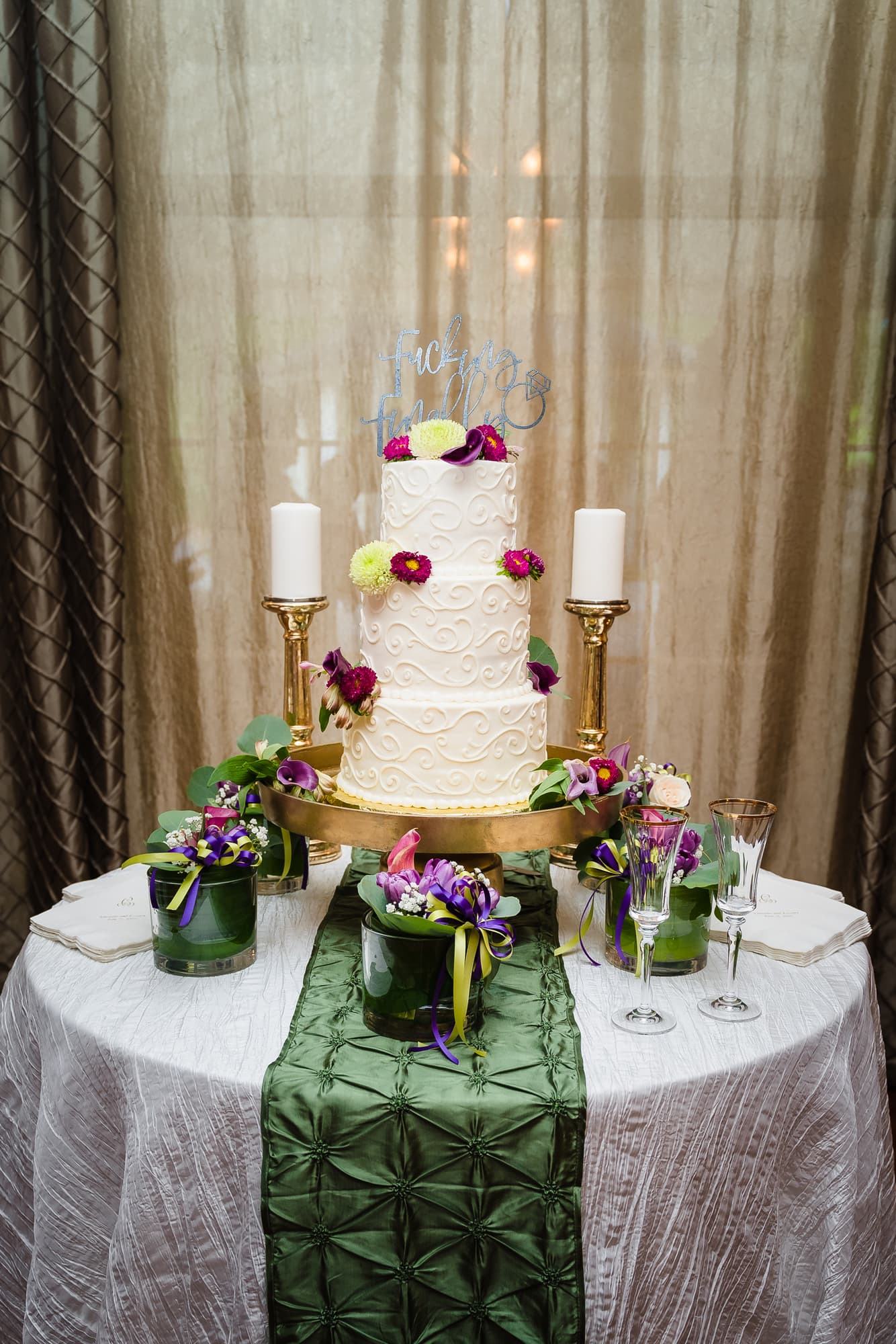 The Gatehouse Baton Rouge Wedding wedding cake