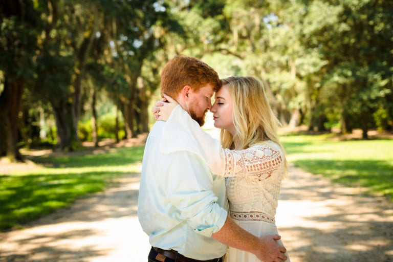 What should I wear for my engagement photos?