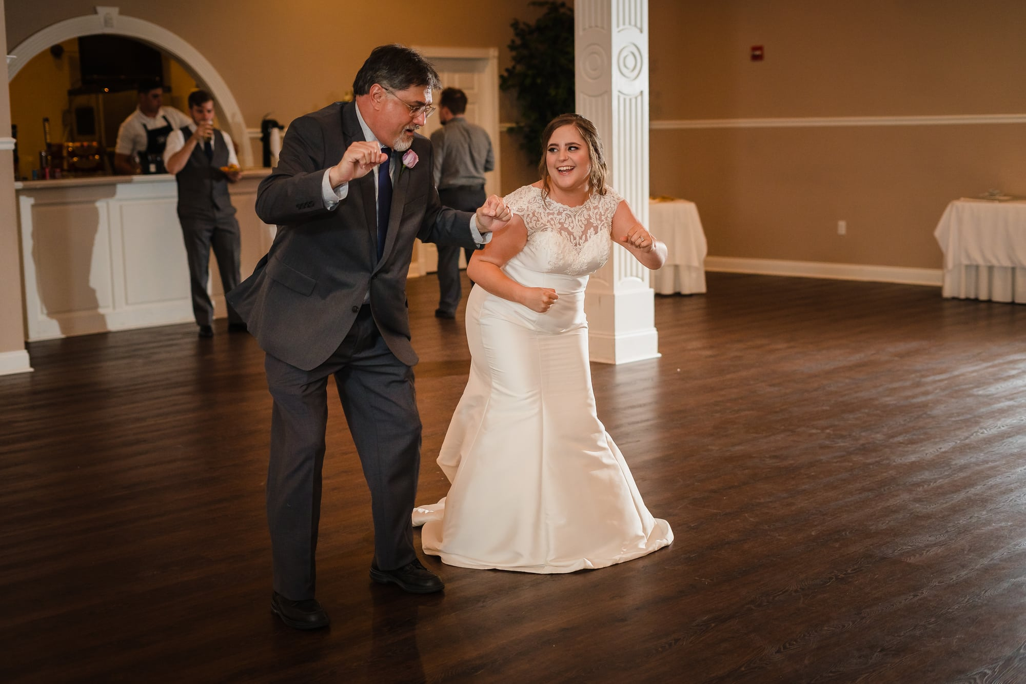 father and daughter dancing at forrest grove plantation